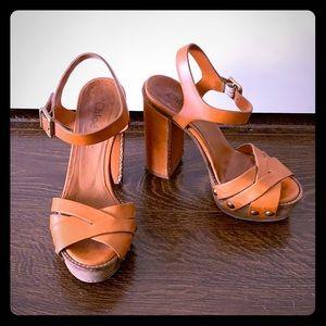 Chloe platform sandal